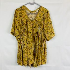 Easel yellow Floral Peasant Top